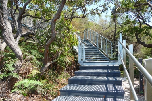 P1210217 stairs, bottom of escarpment